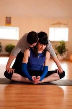 Йога-терапия - Центр Кинезио в Харькове